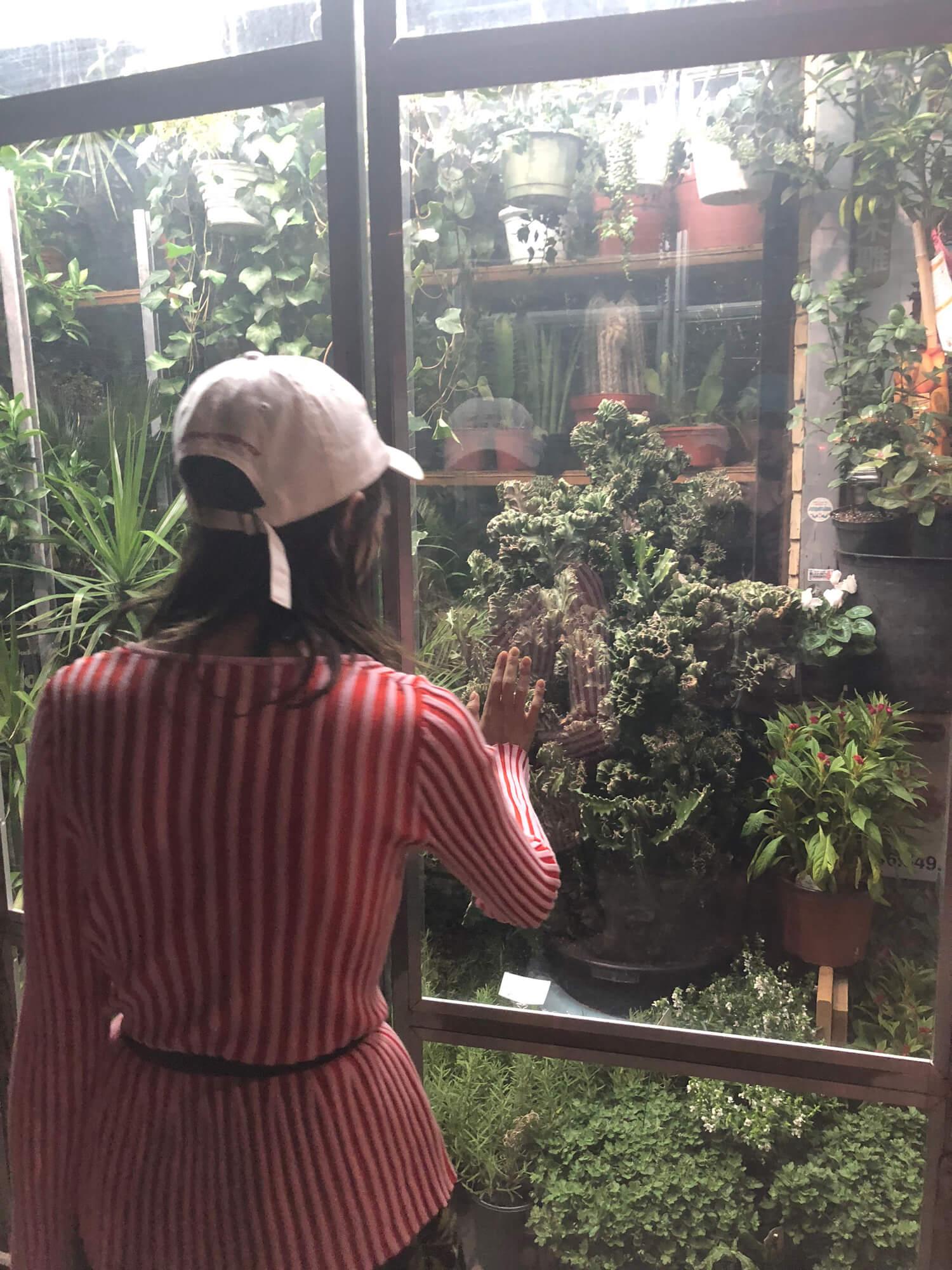 https://liararoux.xxx/wp-content/uploads/2018/10/Liara-Roux-Selfies-and-Snapshots-September-2018-045.jpg