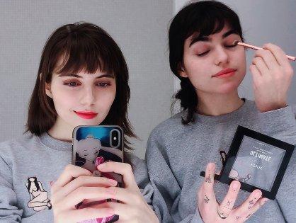 Selfies & Snapshots – December 2018